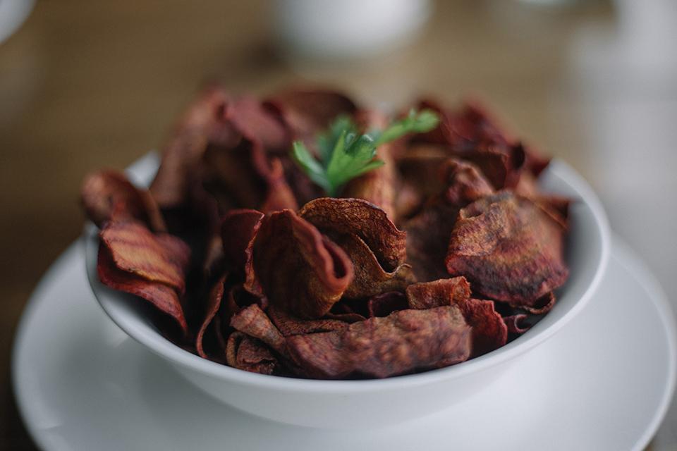 Chips de légumes cuisinées avec Cooxy